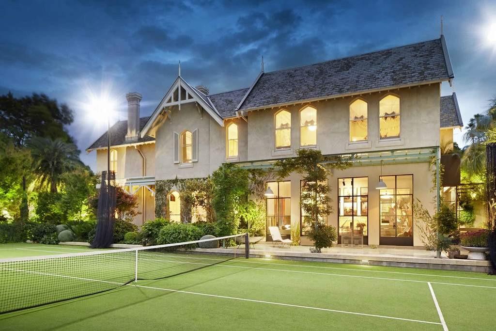 millions dollar tennis court