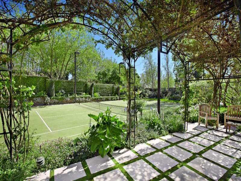 Australia private tennis court 1