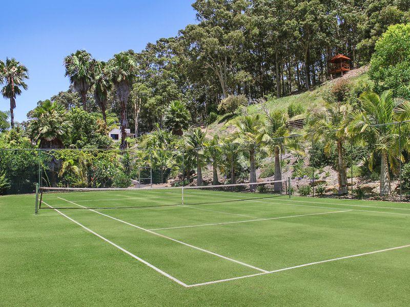 private aussie tennis court