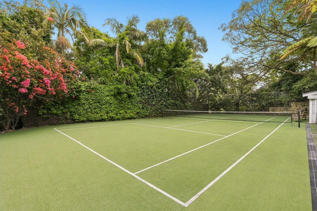 beautiful tennis court 6