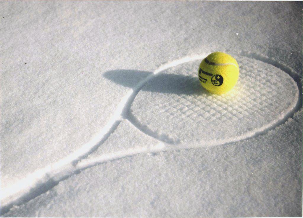 tennis snow