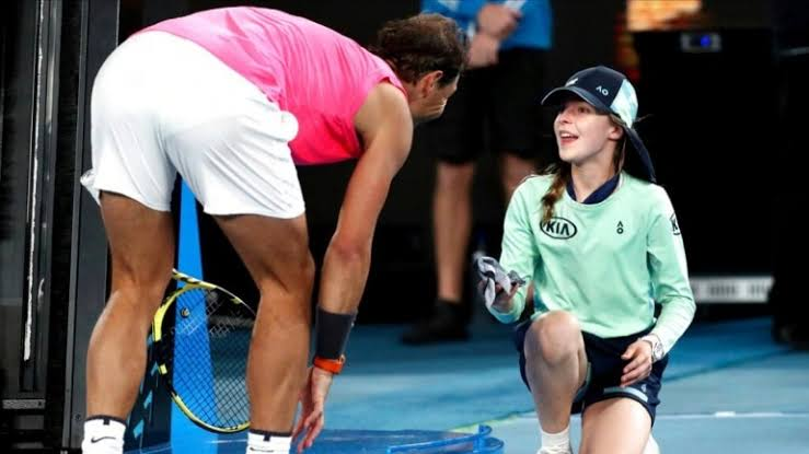 rafa nadal apologizes to ballkid